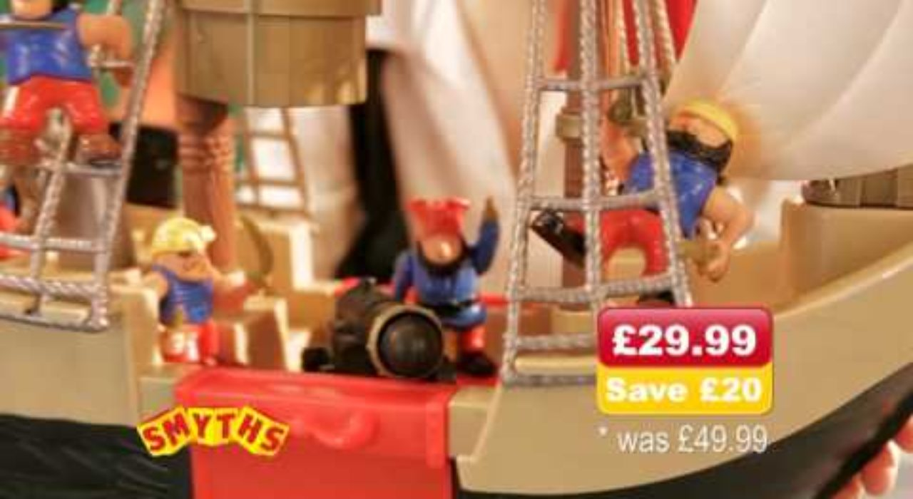 Smyths Toys - Pirate Ship and Castle