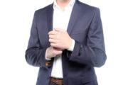 Andrew R